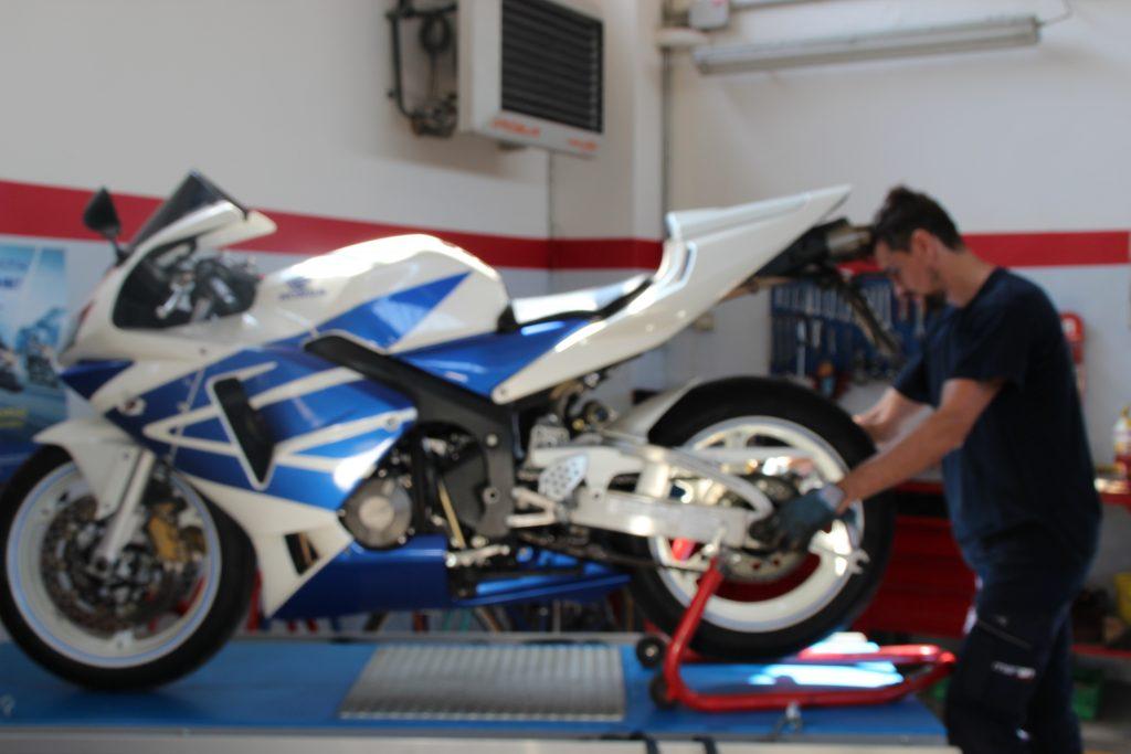 Gommista scooter e moto Reggio Emilia
